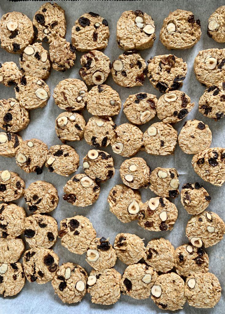 עוגיות שיבולת שועל אגוזים וכוסמין