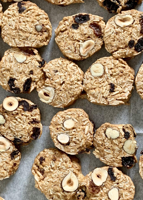עוגיות שיבולת שועל כוסמין ואגוזים