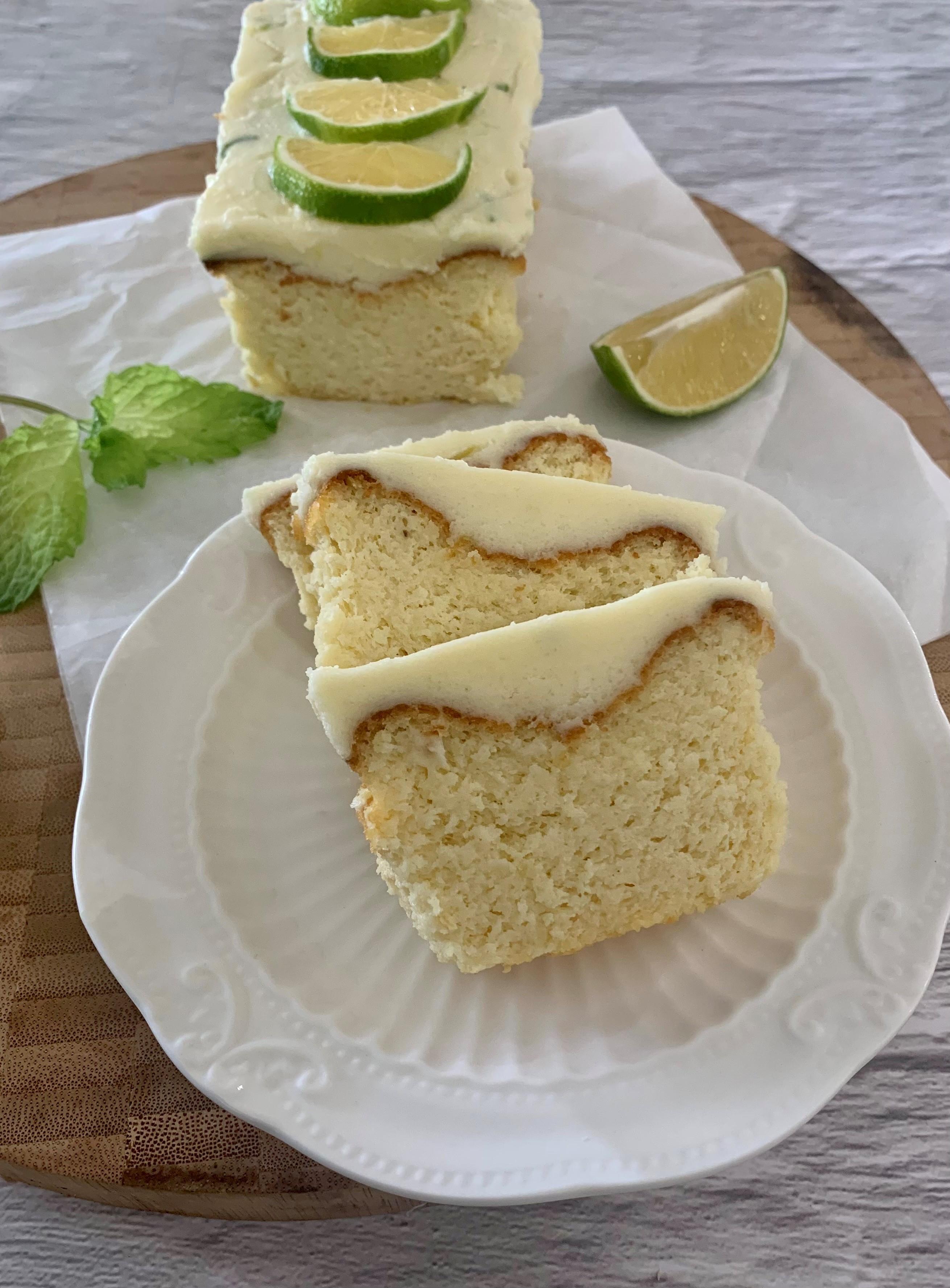 עוגה בחושה ללא קמח ללא סוכר